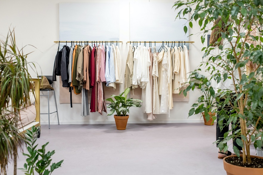 THEDOORSTEPLAUNDRY: Dry Cleaners in Hackney, Islington, UK (Free Pick-up and Delivery)